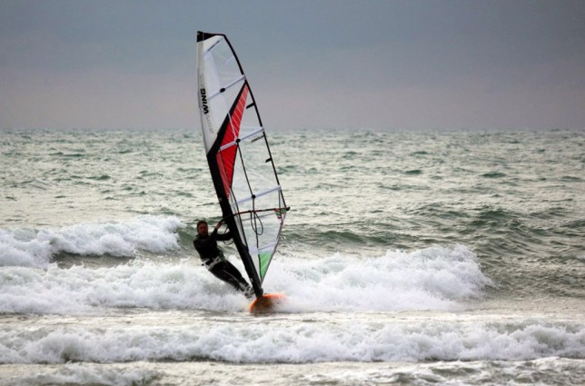 Test of Soft Wing Sail for Wave 4.7